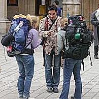 Spot-tourist-scams-200X200