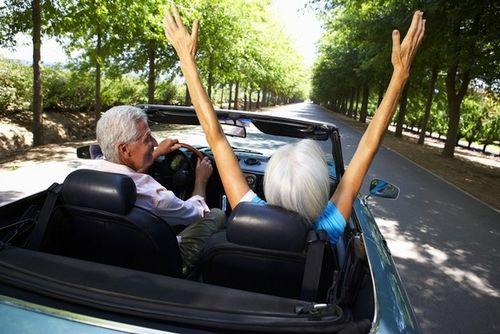Happy-older-couple-130802