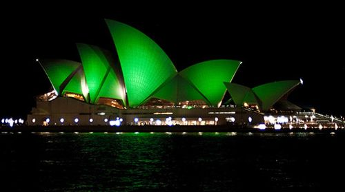 FT5S+Sydney+Opera+House+Green+St+Patricks+Day