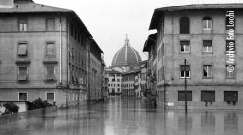 ©-archivio-foto-locchi-igf-all-132-piazza-dei-ciompi-BBRM5ERJ