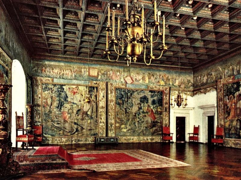Wawel_tapestries