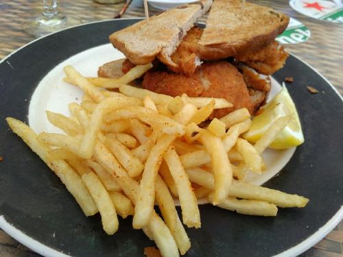 Fish sandwoch