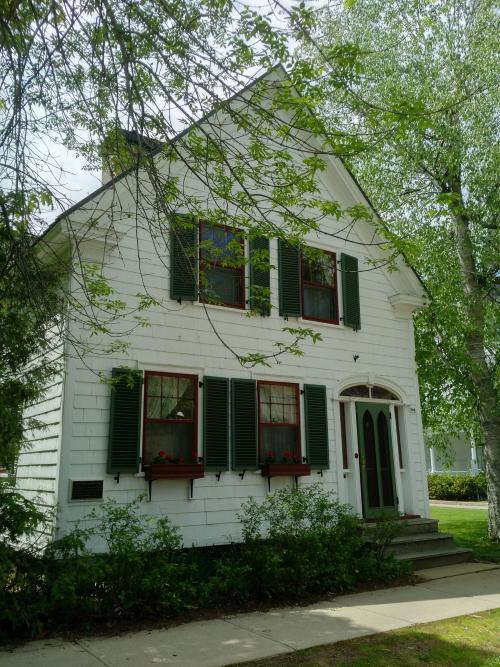 Fredericton 990