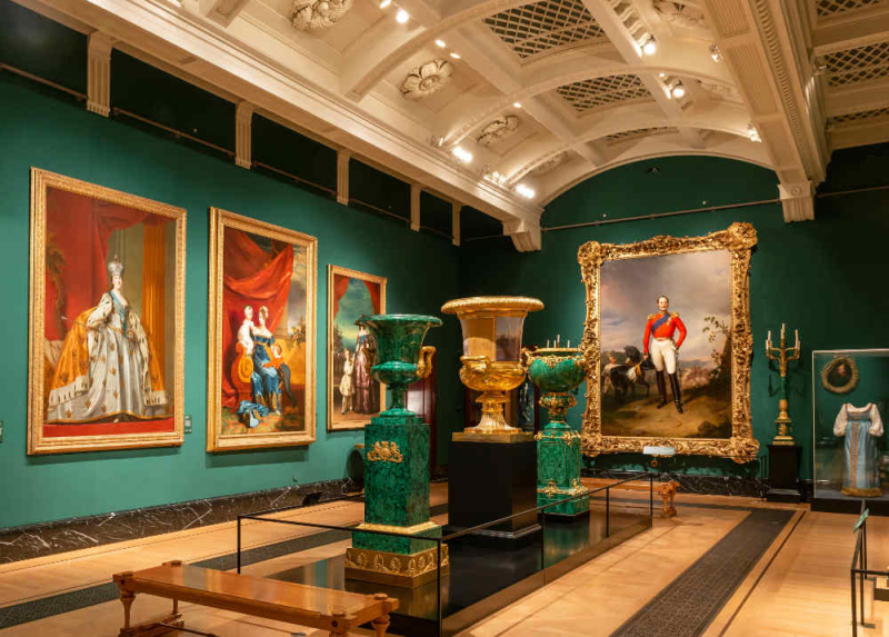 Russian-Royalty-at-the-Queens-Gallery-London-3